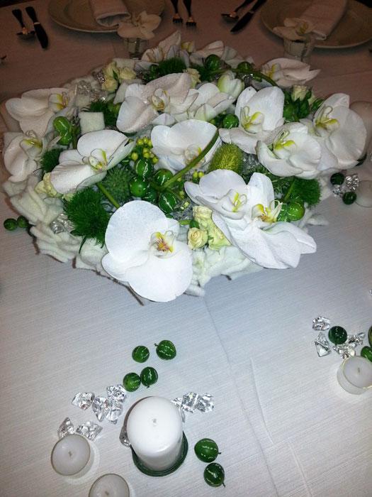 Matrimonio decorazioni floreali tavoli sala ricevimenti - Tavoli addobbati per diciottesimi ...