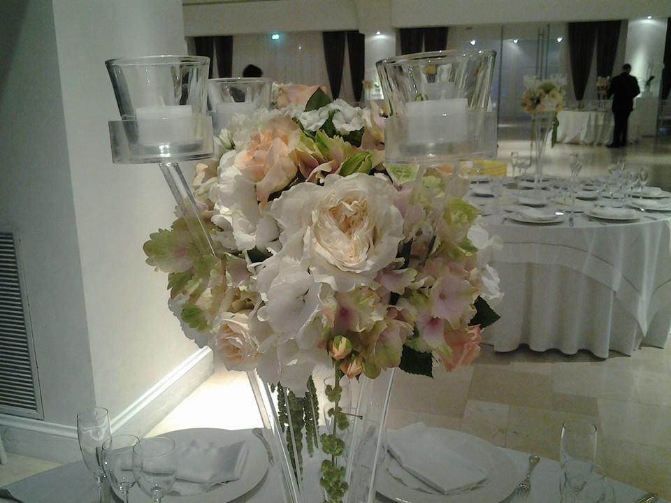 Addobbi floreali per matrimoni decorazione tavoli - Composizioni floreali per tavoli ...